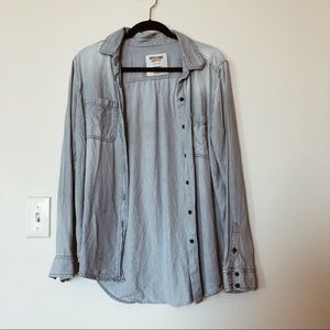 Mossimo button down top/cover